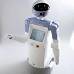 Il robot Enon guida le persone al museo