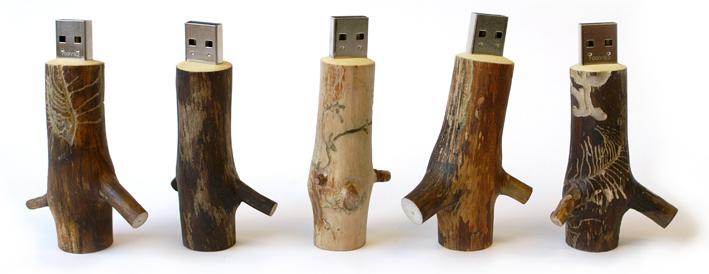 La chiavetta USB in legno della Oooms