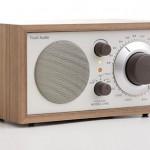 Model One di Henry Kloss, la radio è vintage e di qualità